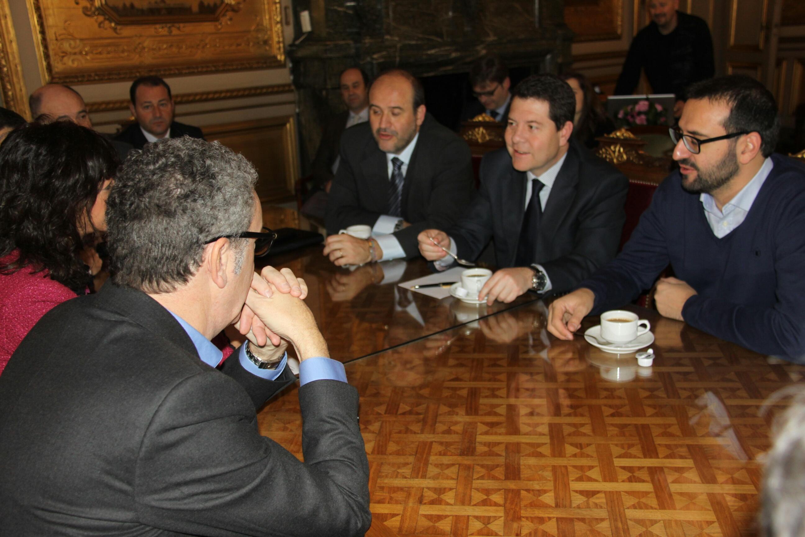 Reunion con delegación PSCM-PSOE con alcalde de Bruselas